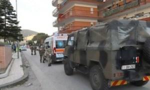 Italia, noi focare de coronavirus. 14 români, izolați într-un imobil carantinat în localitatea Mondragone. Armata, trimisă să securizeze zona după ce unele persoane au vrut să fugă din carantină 22