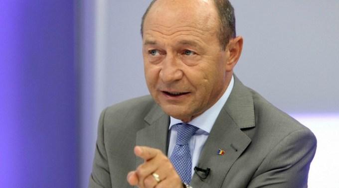 """Traian Băsescu cere revenirea la starea de urgență. """"E singura soluție corecta"""". Pandemia poate să revină cu o forță care nu o sa ne placa"""" 1"""