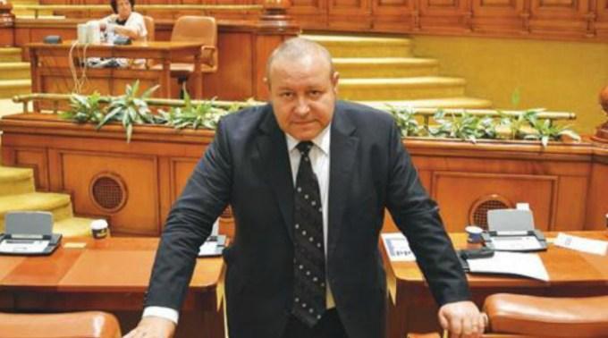 """Daniel Fenechiu, liderul senatorilor PNL: """"Nu exclud posibilitatea ca, dacă lucrurile scapă de sub control, să avem o nouă stare de urgență"""" 1"""