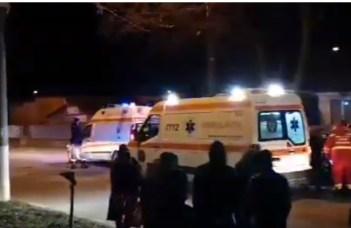 (Video) O soferiță de doar 19 ani a lovit 5 pietoni care ieșiseră din curtea unei biserici și care voiau să intre într-un microbuz, în orașul Mărășești, Vrancea 1