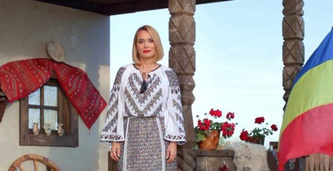 """Mesajul Andreei Esca pentru români de 1 Decembrie: """"România are cu cine. România are pentru cine. România are ..."""" 7"""