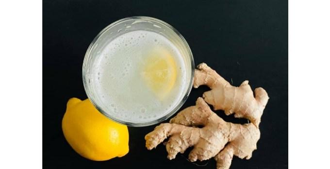 """Dr. Cristina Obreja: """"Romanii au găsit antidotul pentru virus: conserve și făina!🤪😀 🤦♀️ Când ești răcit, acestea sunt exact alimentele de care e indicat sa te ferești: lactate, conserve, făinoase, patiserii, zahar!  👉🍏Pe perioadele in care organismul are nevoie de ..."""" 7"""