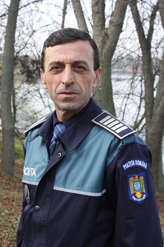 """Un poliţist a urmărit un tâlhar cu soţia în mașină: """"Liviule, oprește să mă dau jos. Nu face asta cu mine, te rog!/Dacă opresc acum..."""" 1"""