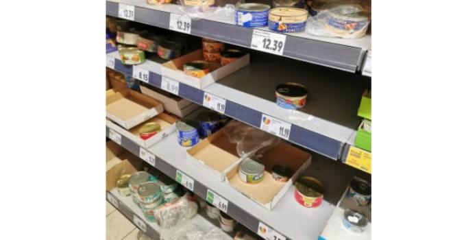 """Reacție. Medicul psihiatru Gabriel Diaconu, despre românii care golesc rafturile supermarketurilor: """"Care ar fi alternativa? Ca oamenii să stea cuminți la locul lor și să pretindă că nimic nu se întâmplă? E cam dificil atâta vreme cât observăm ..."""" 1"""