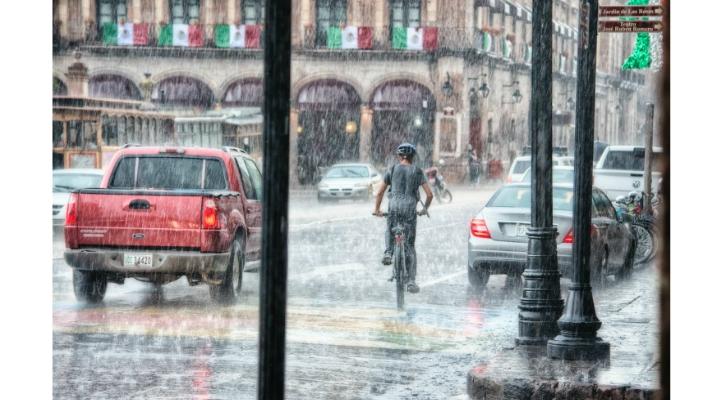 Alertă Meteo. Urmează ploi torențiale și grindină. Cum va fi la Cluj, Brașov, București, Iași, Timișoara 2