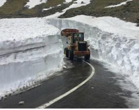 (Video) Zăpadă multă. Așa arată Transfăgărășanul cu câteva zile înainte de 1 iunie 3