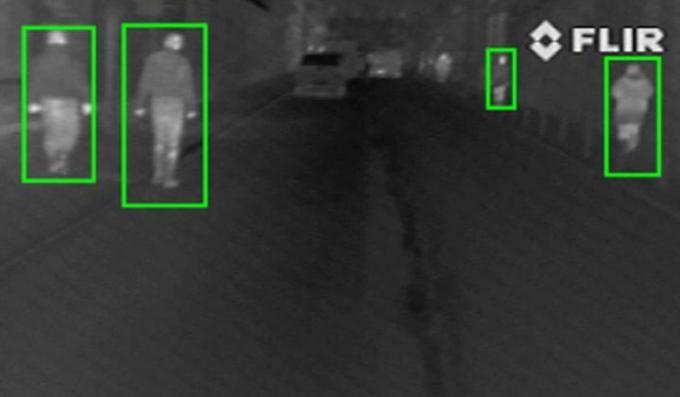 Unic în România: Sistem pentru asistarea șoferilor în detectarea pietonilor care traversează pe timp de ceață 1