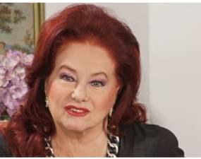 """ActrițaStela Popescu crede că are puteri paranormale. """"Inainte de a muri mama am avut trei vise care parca m-au anuntat. Trei vise ingrozitoare. Mama avea ..."""" 16"""