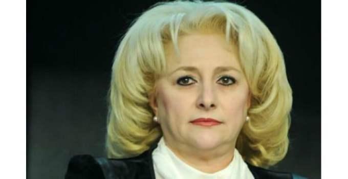 """Se pregătește DEBARCAREA Vioricăi Dăncilă. Traian Băsescu: """"Ea nu este premier, e o marionetă ... Iohannis plătește prețul non-combatului de la numirea lui Dăncilă. Trebuia să..."""" 10"""