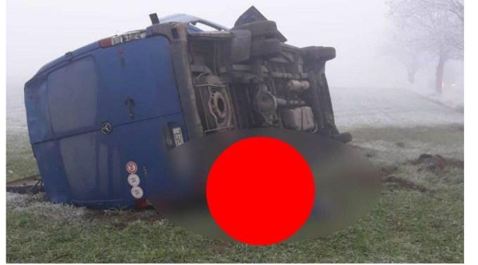 (Foto) Accident Grav. Striviți. Microbuz răsturnat pe două persoane! 11 persoane implicate în accident pe DN38 1