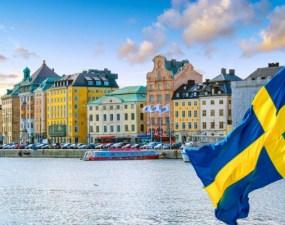 """Modelul Suedez. Andrei Caramitru: """"Suedia este no1 DIN LUME la decese de COVID acum, pe locuitor. Strategia lor a fost si este un dezastru absolut"""". Danemarca și Norvegia au exclus Suedia dintr-o înțelegere privind redeschiderea granițelor 6"""