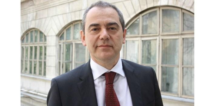 """Vlad Alexandrescu: """"Legea vaccinării NU obligă părinții să-și vaccineze copii, ba chiar interzice vaccinarea fără acordul expres al părinților. Legea este o """"recomandare"""" de vaccinare a copiilor cu ..."""" 5"""