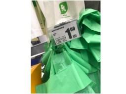 """Mihai: """"Auchan Romania, vă lăudați că sunteți prieteni cu natura și ați introdus pungile bio. Sunteti bio pe banii noștri. Pe buzunarul clien.ilor. Asa că nu vă mai lăudați.  Cereți 10 bani pentru o pungă de legume/fructe și 1 leu pentru o sacoșă"""" 9"""