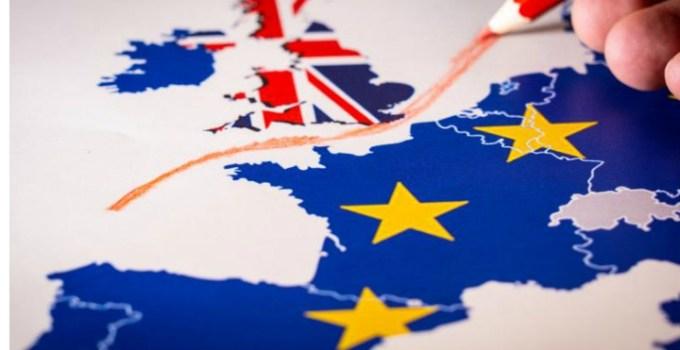 """Brexit. Mesaj într-un bloc din Marea Britanie: """"Nu mai tolerăm decât limba engleză. Aţi infectat această insulă"""". Drama unui cuplu de români """"Muncim din greu pentru ce avem și trăim o viață decentă cu copiii noștri. Nu avem..."""" 15"""