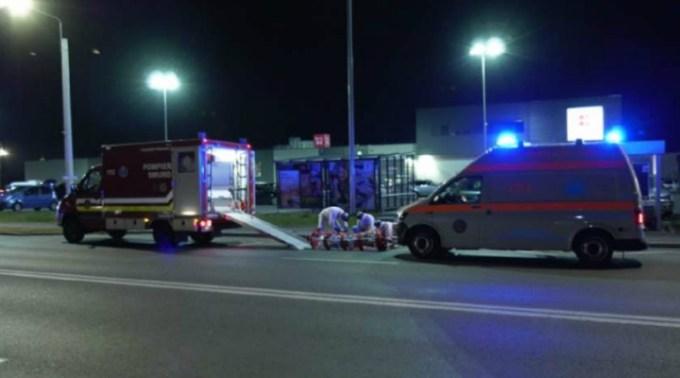 Adolescent din România luat cu izoleta direct din magazin și dus în carantină, a doua zi după ce s-a întors din Belgia. Vecinii au sunat la 112 și l-au reclamat 1