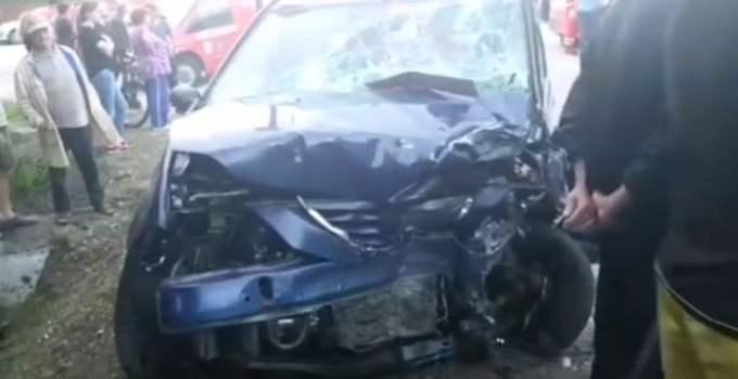 (Video) Alt șofer din România care făcea LIVE pe Facebook a produs o tragedie. 2 morţi, după ce un BMW a spulberat un Logan în direct. Video cu LIVE-ul pe Facebook 18