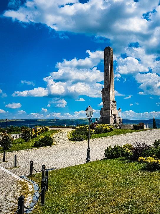 Obeliscul lui Horea, Cloșca şi Crișan (Alba Iulia)