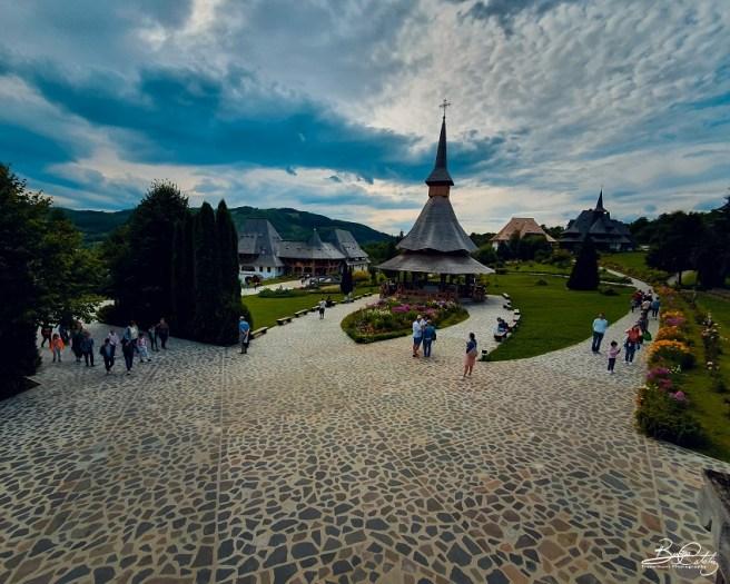 Ansamblul Mănăstirii Bârsana (com. Bârsana, jud. Maramureș) - în centru, Altarul de vară