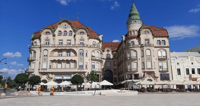"""Palatul """"Vulturul Negru"""" (Oradea, jud. Bihor)"""