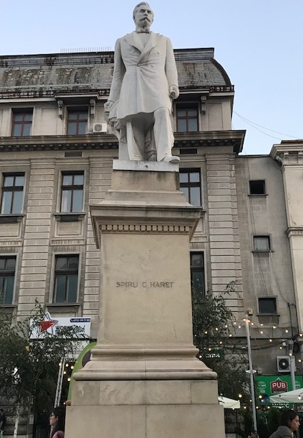 Statuia lui Spiru Haret (Piaţa Universităţii, București)