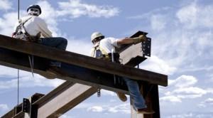 Italia elimină restricţiile impuse românilor şi bulgarilor pe piaţa muncii