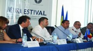 """Reprezentanţii Diasporei s-au întâlnit la Mangalia, la """"Diaspora Estival"""""""