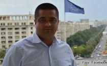 Mircea Pal, politicianul plagiator care nici măcar insultele nu ştie să şi le fabrice singur