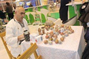 Ouăle încondeiate, una din atracţiile standului României la FITUR 2015