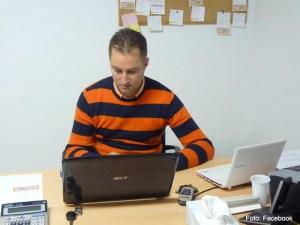 Aurel Truţă la birou, în urmă cu trei ani