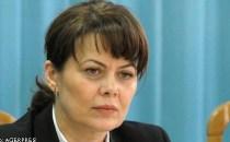 Fumatul în spaţiile publice din România va fi interzis. Iniţiatoarea legii antifumat, deputata Aurelia Cristea, le răspunde jurnaliştilor care au jignit-o