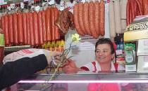 De 8 Martie membrii PNL Arganda del Rey au dăruit flori femeilor din localitate şi româncelor aflate la Secţia Consulară de la Madrid