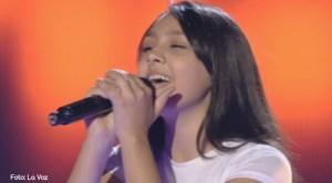 Flori, românca de 14 ani din Spania cre a uimit juriul şi publicul de la La voz Kids (Vocea Spaniei Junior)