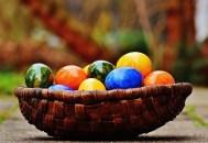 Vine Paştele… Atenţie la vopseaua de ouă!