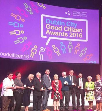 """Marius Maroşan, alătuturi de celelalte 8 persoane premiate în 2016 cu titlul """"Good Citizen"""""""