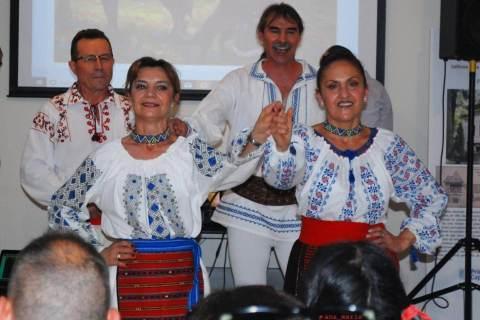Grupul de dansuri populare ¨Plaiuri Româneşti¨
