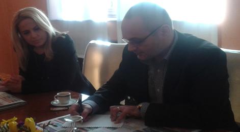 Alina Preoteasa şi Stejărel Olaru la întâlnirea cu presa