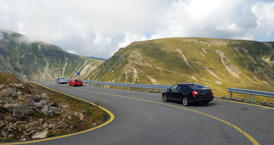 cars on transalpina road