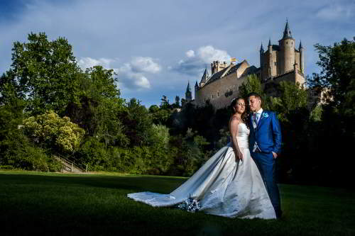 Fotógrafos de bodas en Segovia; una ciudad con historia y encanto.