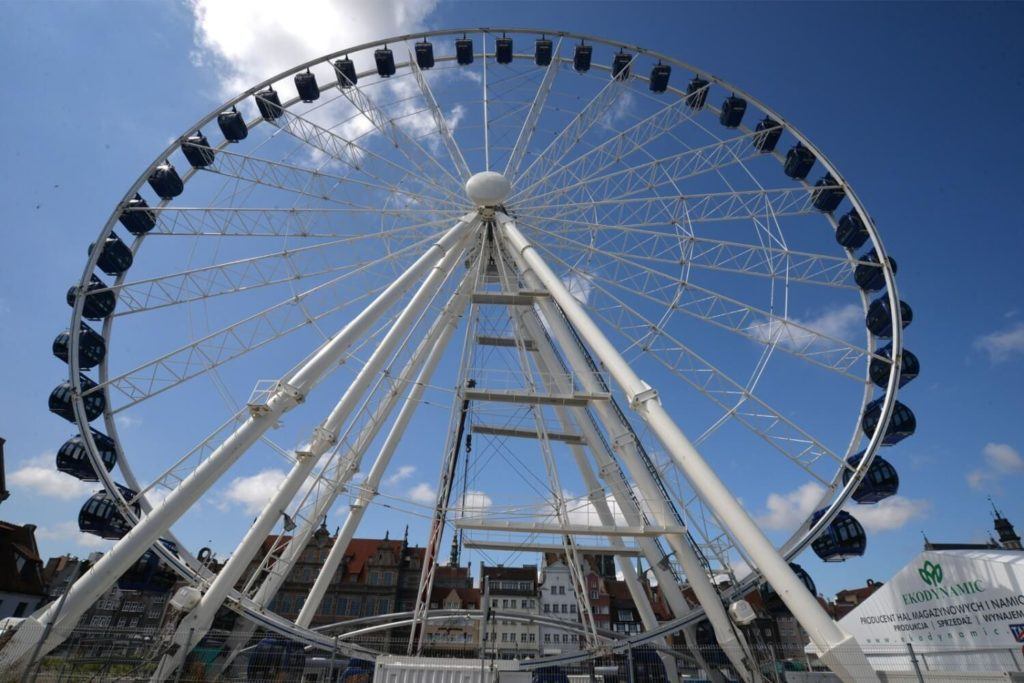 Amber sky ferris wheel, unusual sight of Gdansk