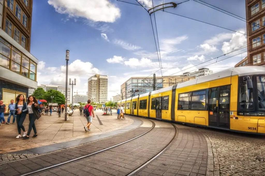 Трамвай на Александерплатц, что посмотреть в Берлине
