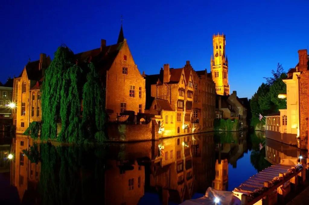 Брюгге ночью, лучшие города Европы зимой