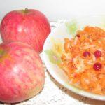 fruktovo-ovoshhnoy-salat-s-klyukvoy