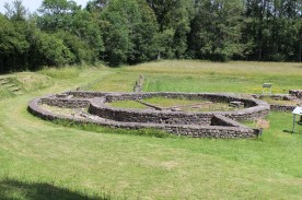 The bath house at Fontaines Sallees