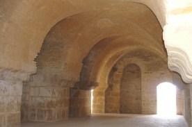 Oudna forum vaults