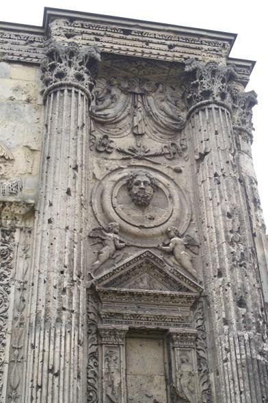 Reims 'Porte de Mars' detail