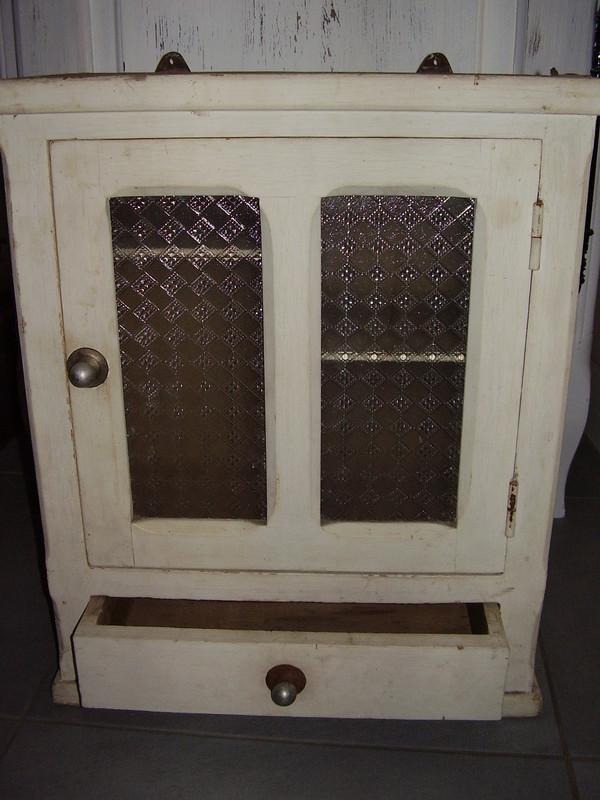armoire pharmacie ancienne vide greniers du 25 aout 2013