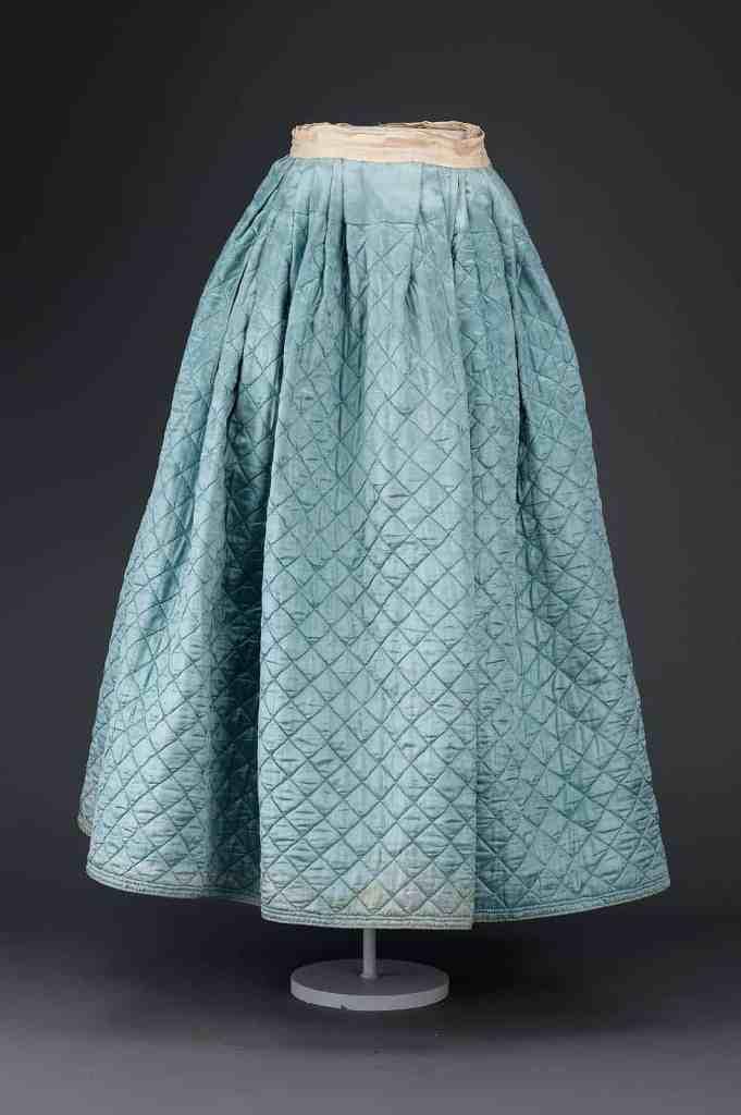 Simple diamond quilted petticoat