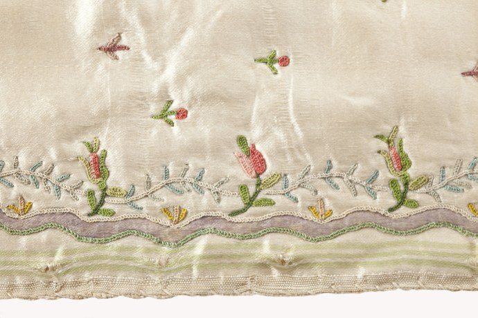 Example of tambour embroidery 1700s