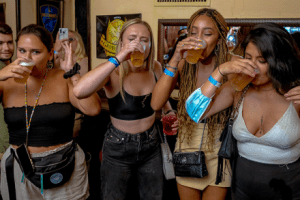 thirsty thursday students and college night out in rome