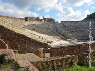 Il teatro di Ostia è ancora in funzione!